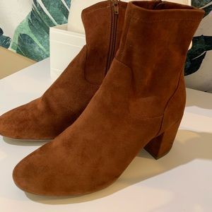 Old Navy faux suede ankle length block heel boots
